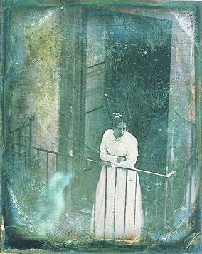 Domenico Arezzo di Trifiletti, Ragusa Ibla, Ritratto di Donna Maria Arezzo di Celano, 1851 (Palermo, Fototeca del Centro Regionale per il Catalogo e per la Documentazione dei Beni Culturali, fondo fotografico Arezzo di Trifiletti)