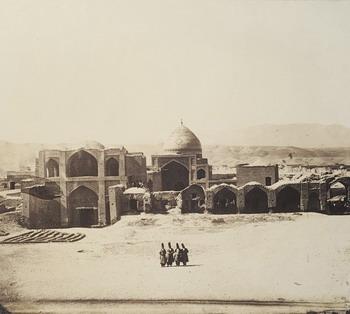 """Luigi Montabone Piazza in Zengian (Zanjan), 1862 albumina Torino, Biblioteca Reale, dallalbum """"Ricordi del Viaggio in Persia della Missione Italiana 1862"""""""