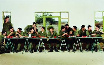 Senza titolo, 1999 (da Soldati) c-print, cm 90x148