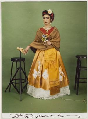 Osaka, 1951 Frida Kahlo , 2001 polaroid, premente 125x90 millimetri Collezione Privata da Frida Kahlo 1907-1954 - Auto ritratto dedicato a Leon Trotsky , 1937 dipinto di Washington, National Museum of Women in art